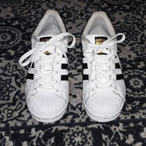 🌴3/$25🌴 Adidas Superstar Size 8